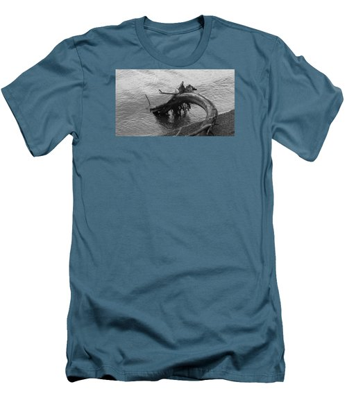 Point Defiance Driftwood Men's T-Shirt (Athletic Fit)