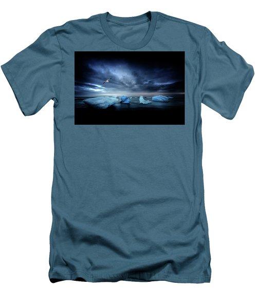 Postcard From Jokulsarlon Men's T-Shirt (Athletic Fit)