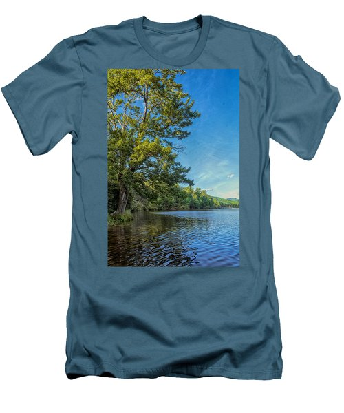 Price Lake Men's T-Shirt (Athletic Fit)