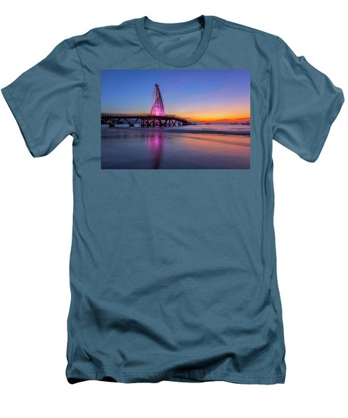 Puesta De Sol En La Playa De Los Murtos Men's T-Shirt (Athletic Fit)