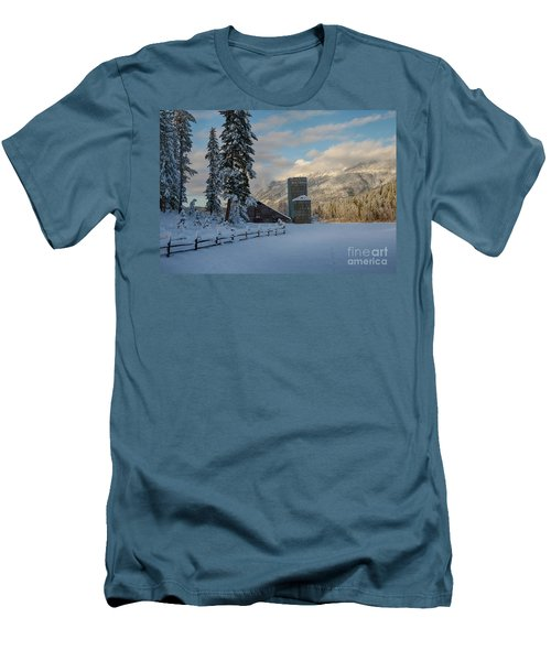 Purcell Barn Men's T-Shirt (Athletic Fit)