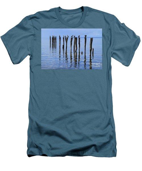 Quay Rest Men's T-Shirt (Athletic Fit)