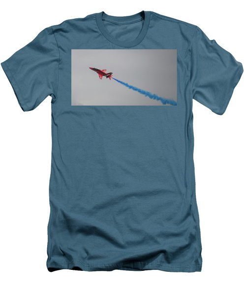 Red Arrow Blue Smoke - Teesside Airshow 2016 Men's T-Shirt (Athletic Fit)