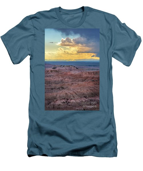 Red Rock Pinnacles Men's T-Shirt (Athletic Fit)