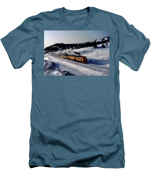 Rio Grande Zephyr Trainset In The Snow, Plainview Colorado, 1983 Men's T-Shirt (Athletic Fit)