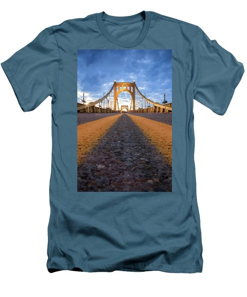 Roberto Clemente  Men's T-Shirt (Athletic Fit)