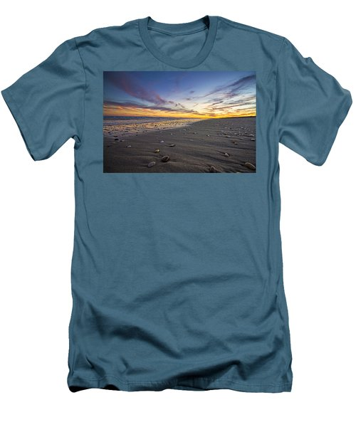 Rocky Roger's Beach Sunset Men's T-Shirt (Athletic Fit)