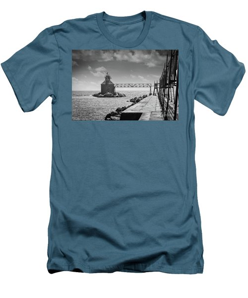 Ship Canal North Pierhead Lighthouse II Men's T-Shirt (Slim Fit)