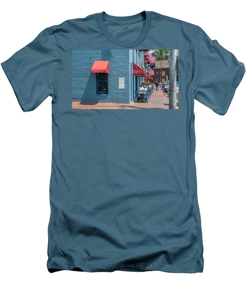 Men's T-Shirt (Athletic Fit) featuring the photograph Sidewalk Cafe Annapolis by Charles Kraus