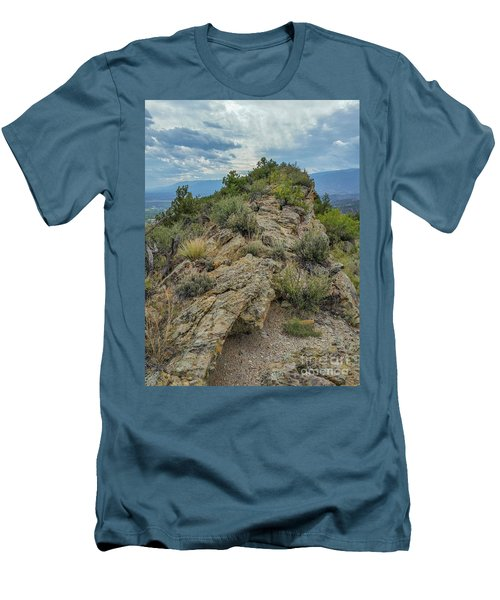 Skyline Ridge Men's T-Shirt (Athletic Fit)