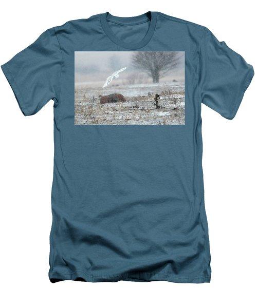 Snowy Owl In Flight 3 Men's T-Shirt (Slim Fit) by Gary Hall
