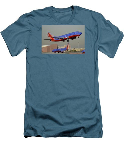 Southwest Boeing 737-3h4 N392sw Phoenix Sky Harbor December 2 2015 Men's T-Shirt (Slim Fit)