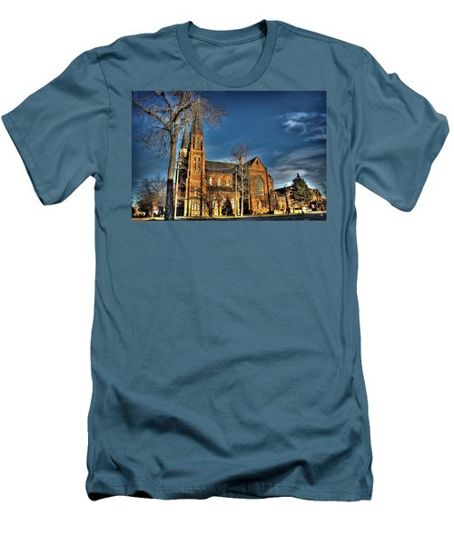St. Annes Detroit Mi Men's T-Shirt (Athletic Fit)