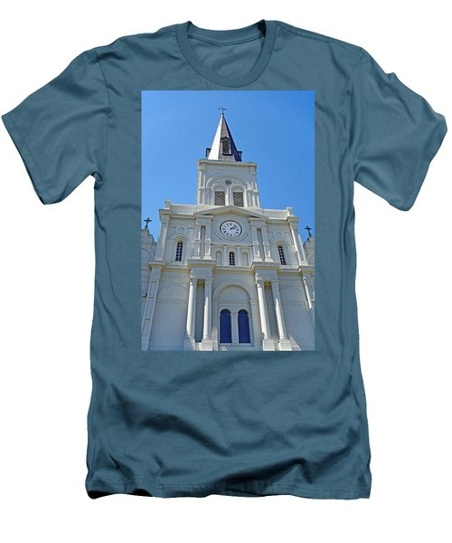 St. Louis Cathedral Study 1 Men's T-Shirt (Athletic Fit)