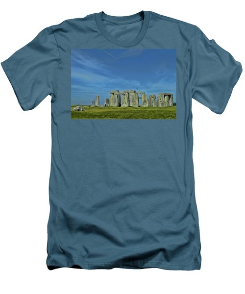 Stonehenge Men's T-Shirt (Athletic Fit)