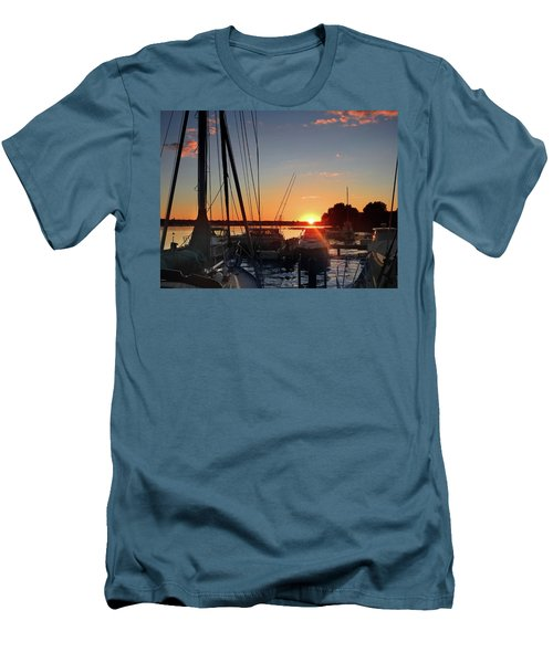 Men's T-Shirt (Slim Fit) featuring the photograph Sturgeon Bay Sunset by Rod Seel