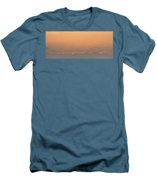 Sun N Clouds Men's T-Shirt (Athletic Fit)