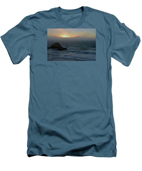 Sunset With The Bird Men's T-Shirt (Athletic Fit)