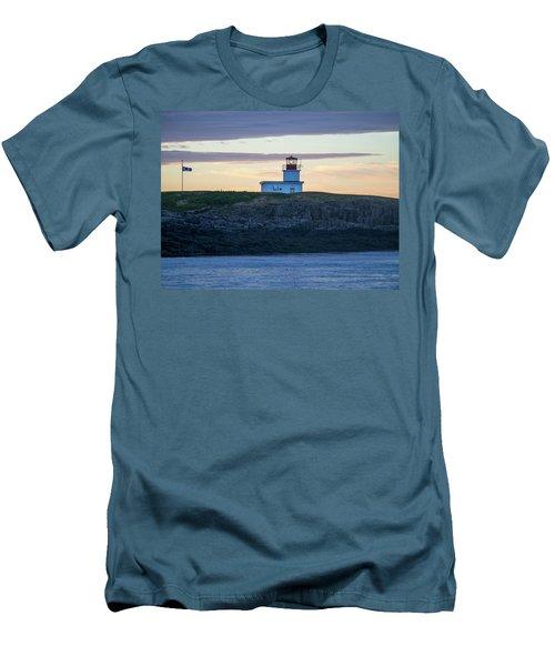 Sunset Nova Scotia  Men's T-Shirt (Athletic Fit)