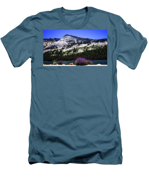 Tanaya Lake Wildflowers Yosemite Men's T-Shirt (Athletic Fit)