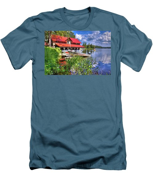Men's T-Shirt (Athletic Fit) featuring the photograph The Boathouse At Covewood by David Patterson