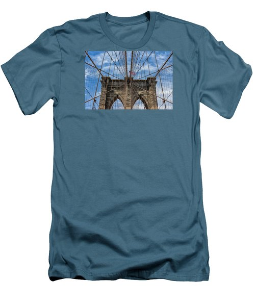 The Brooklyn Bridge Men's T-Shirt (Athletic Fit)