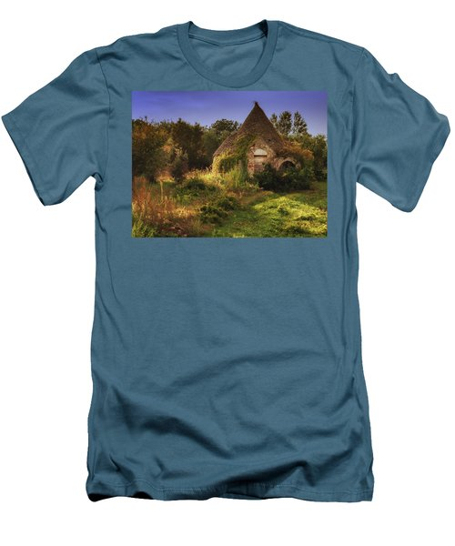 The Hobbit House Men's T-Shirt (Athletic Fit)