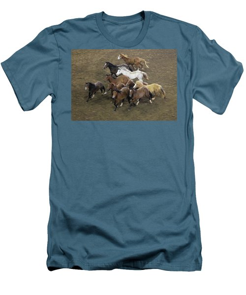 The Roundup Men's T-Shirt (Athletic Fit)