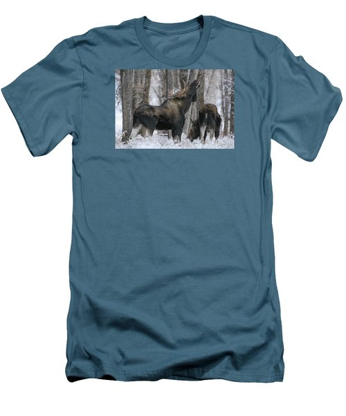 Men's T-Shirt (Slim Fit) featuring the photograph The Rut by Gary Hall