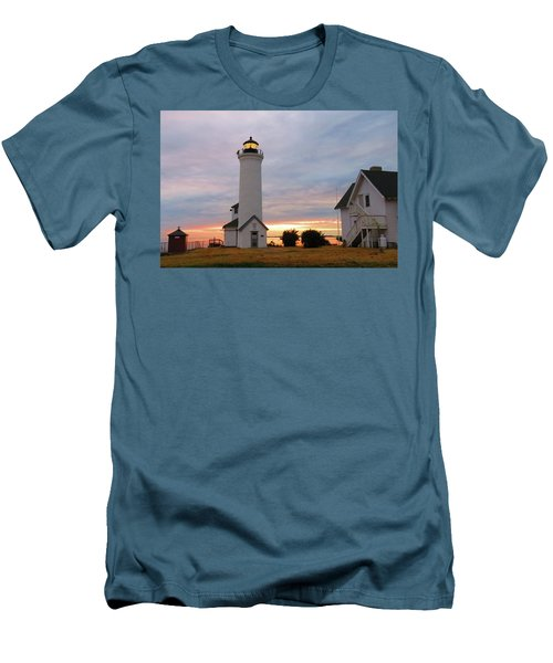 Tibbetts Point Lighthouse, July Sunset Men's T-Shirt (Athletic Fit)