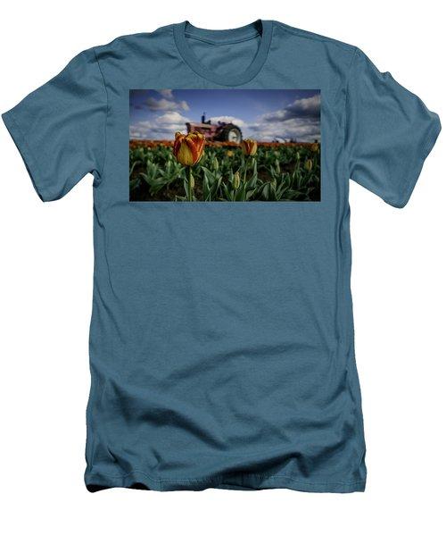 Tiger Tulip Men's T-Shirt (Athletic Fit)
