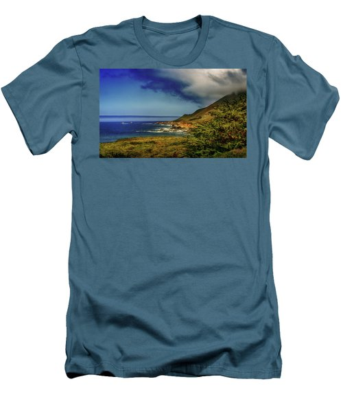 Up Coast Men's T-Shirt (Athletic Fit)