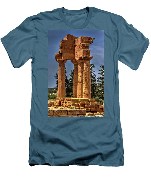 Valley Of The Temples I Men's T-Shirt (Athletic Fit)