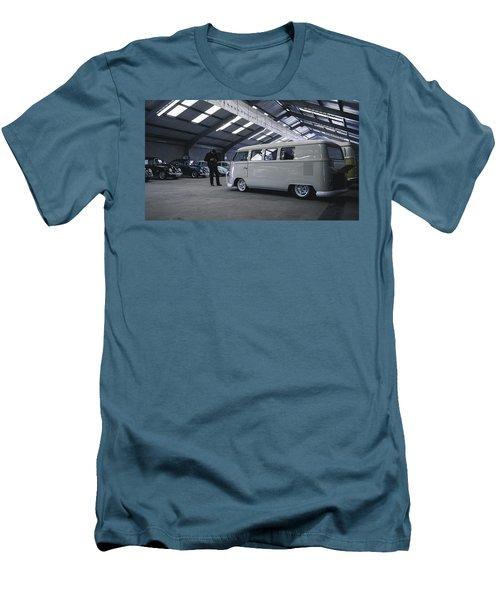 Volkswagen Microbus Men's T-Shirt (Athletic Fit)
