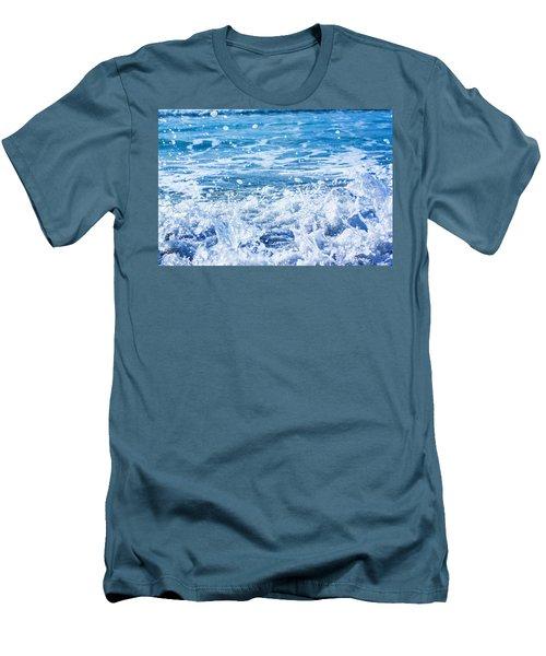 Wave 3 Men's T-Shirt (Athletic Fit)