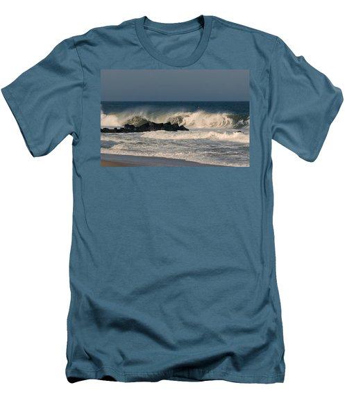 When The Ocean Speaks - Jersey Shore Men's T-Shirt (Athletic Fit)