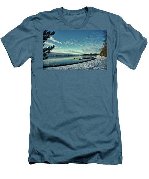 Winter Dock Men's T-Shirt (Athletic Fit)