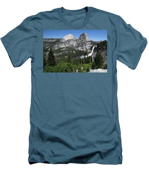 Yosemite View 30 Men's T-Shirt (Athletic Fit)