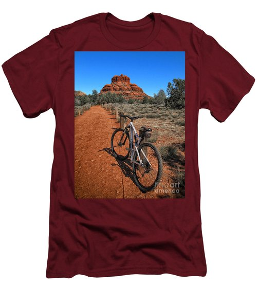 Bell Rock Trail Men's T-Shirt (Athletic Fit)
