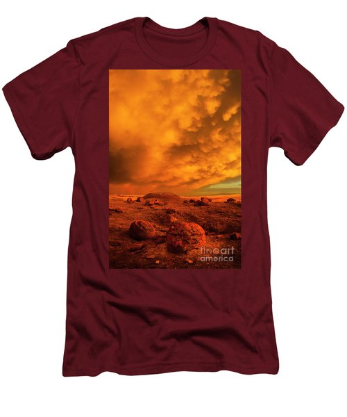 Red Rock Coulee Sunset 2 Men's T-Shirt (Athletic Fit)