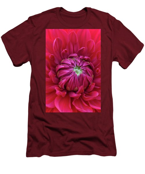 Dahlia Heart Men's T-Shirt (Athletic Fit)
