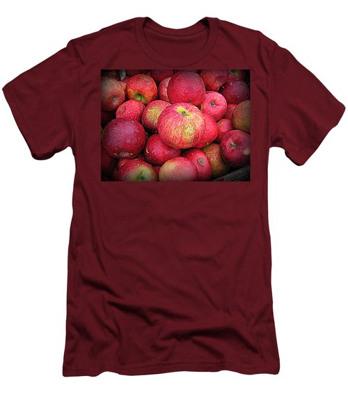 Fresh Apples Men's T-Shirt (Athletic Fit)