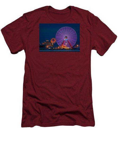 Giant Ferris Wheel Men's T-Shirt (Slim Fit) by Wayne King