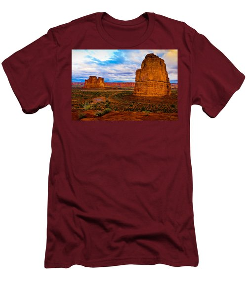 La Sal Daylight Men's T-Shirt (Slim Fit) by Harry Spitz