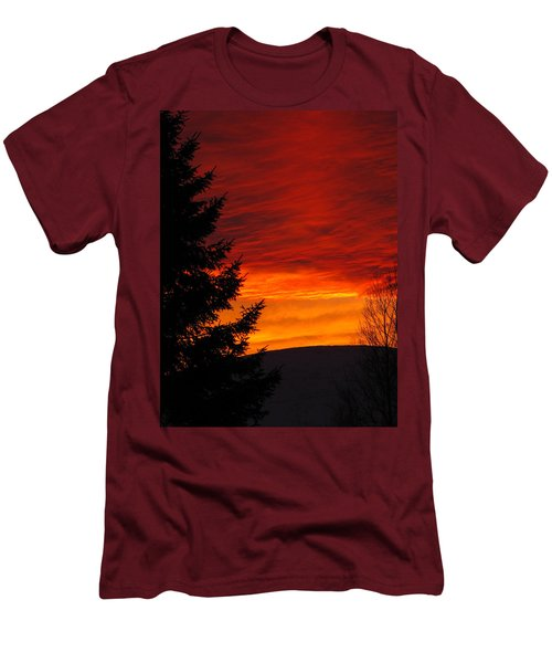 Northern Sunset 2 Men's T-Shirt (Athletic Fit)