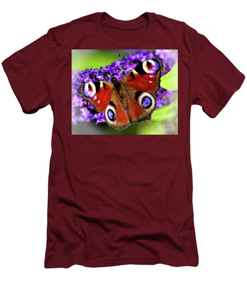 Pristine Peacock Men's T-Shirt (Athletic Fit)
