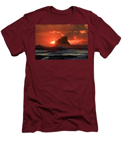 Second Beach Shark Men's T-Shirt (Athletic Fit)