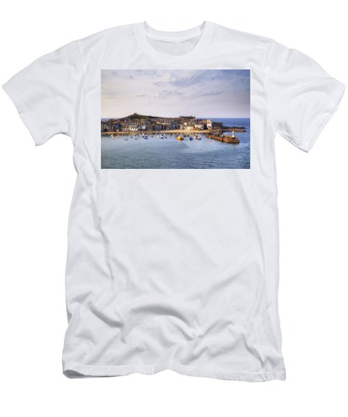 Cornwall - St Ives Men's T-Shirt (Athletic Fit)