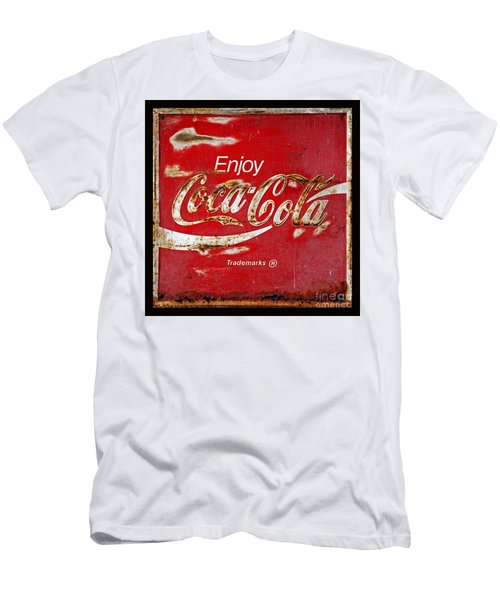 Coca Cola Vintage Rusty Sign Black Border Men's T-Shirt (Athletic Fit)