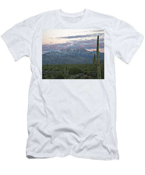 Four Peaks Sunset Snow Men's T-Shirt (Athletic Fit)